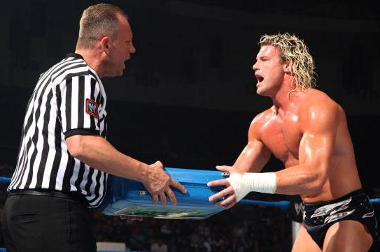 Why Dolph Ziggler Cashing in at WrestleMania 29 Would Be a Big Mistake