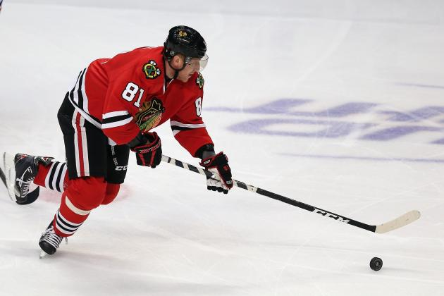 Hossa Misses Practice, 'Unlikely' for Monday vs. Kings