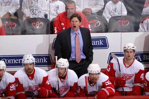 Mike Babcock Calls Darren Helm 'a Top-Four Forward' on Red Wings
