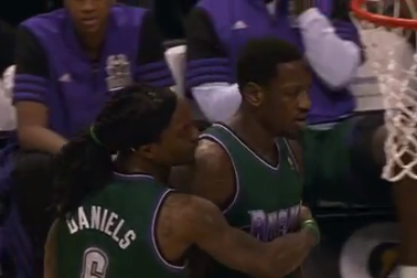 Larry Sanders Ejected Yet Again in Bucks' Loss to Pacers (VIDEO)
