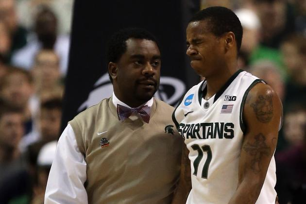 Michigan State G Keith Appling Hurts Shoulder