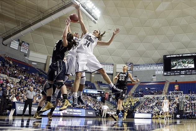 UConn Beat Idaho by 68 in the First Round of the NCAA Women's