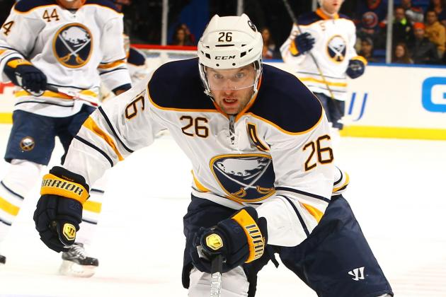 Vanek Scores Twice as Sabres Edge Canadiens