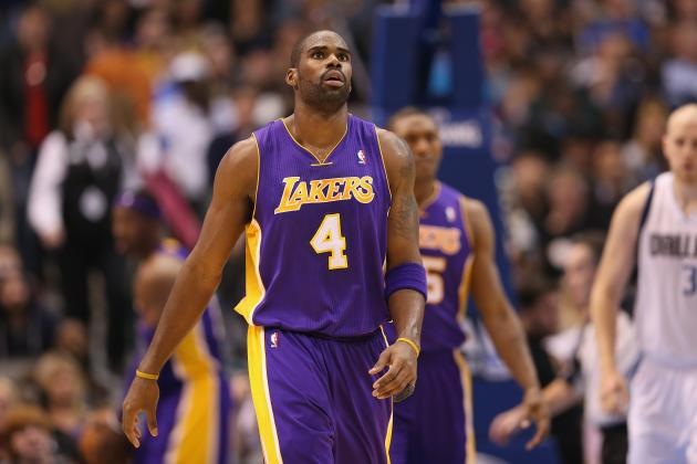How Antawn Jamison's Wrist Injury Impacts LA Lakers Down the Stretch