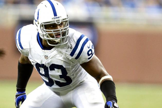 Denver Broncos Reportedly Interested in Dwight Freeney and John Abraham