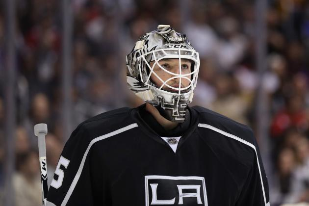Jonathan Bernier: Why the Los Angeles Kings Shouldn't Trade Him Yet