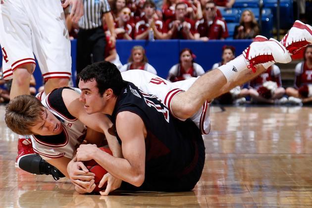 Jordan Hulls Says Shoulder 'Nothing Too Serious'