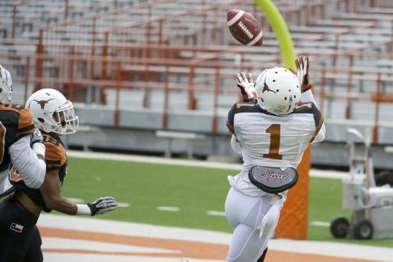 Texas Football Spring Practice: Everything You Need to Know About the WR/TEs
