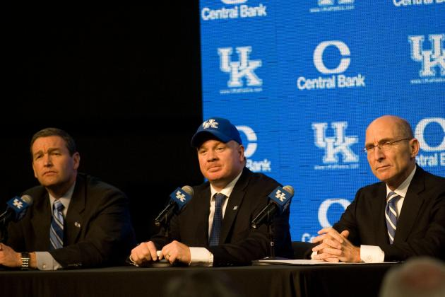 "Stoops Says Fifth Spring Practice ""not Good Enough"""