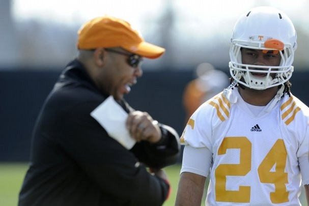 UT Running Backs Coach Robert Gillespie to Be Paid $300,000