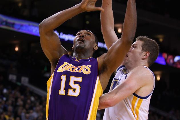 Metta World Peace Rubs David Lee's Head in Confrontation