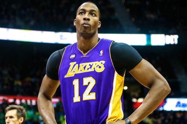 Dwight Howard Playing Through Pain and Criticism with the Los Angeles Lakers