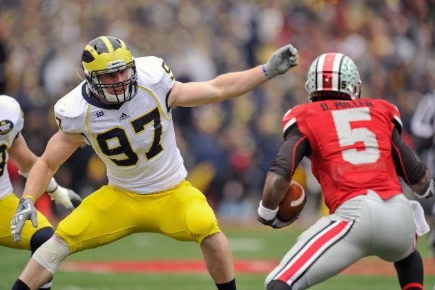 Brennen Beyer Moving from DE to LB for Michigan