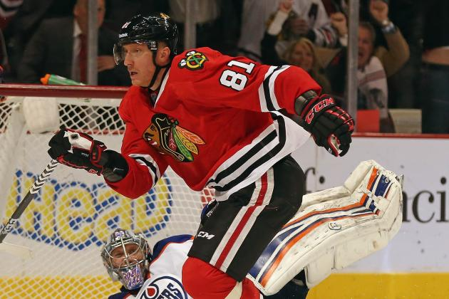 Hossa Gets On-Ice Conditioning Work in for Hawks