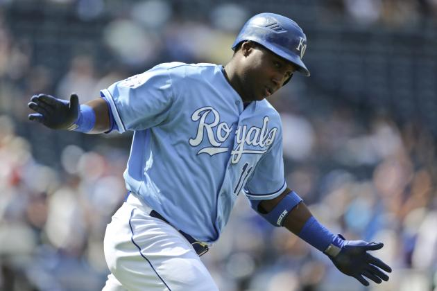 Brewers Sign Yuniesky Betancourt to 1-Year Deal