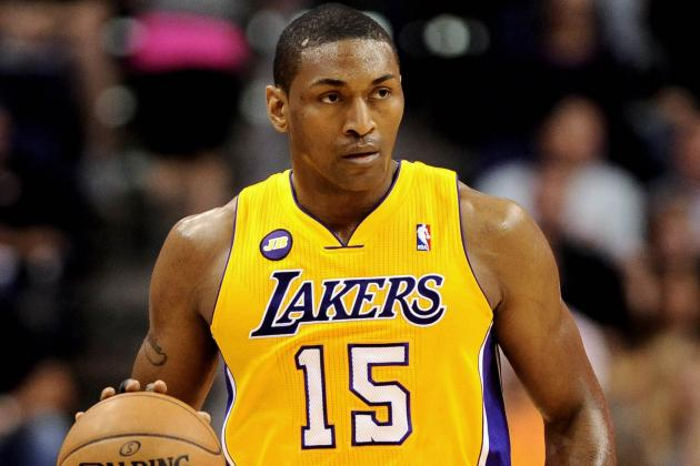 Report: Lakers Metta World Peace Has Torn Lateral Meniscus in Left Knee