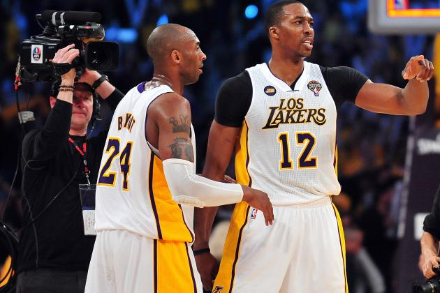 Kobe Bryant Says Dwight Howard Needs More Shots