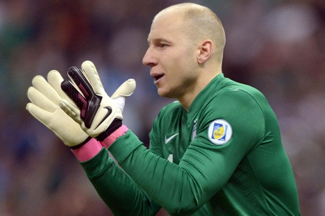 Does Brad Guzan's Play Threaten Tim Howard's No. 1 Spot on USMNT?