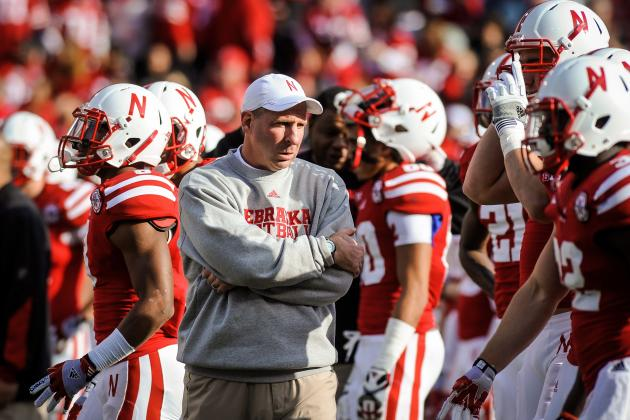 Nebraska Football: How Bo Pelini Can Scheme Around Weaknesses on Defense