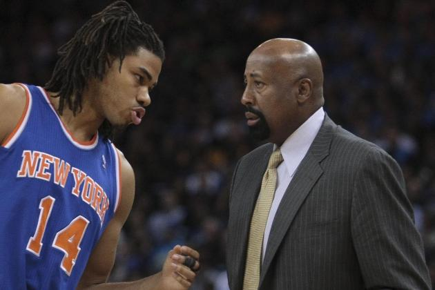 Knicks Have Strange Habit of Starting Players and Then Barely Playing Them