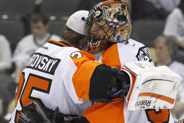 Philadelphia Flyers: Did the Team Keep the Wrong Goaltender?