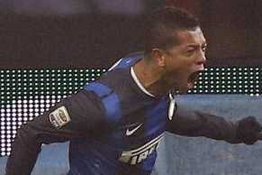 Guarin Misses Plane Back to Italy