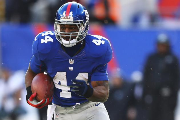 Ahmad Bradshaw Getting a Physical from Steelers