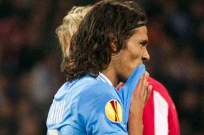 Cavani Return Delayed Again