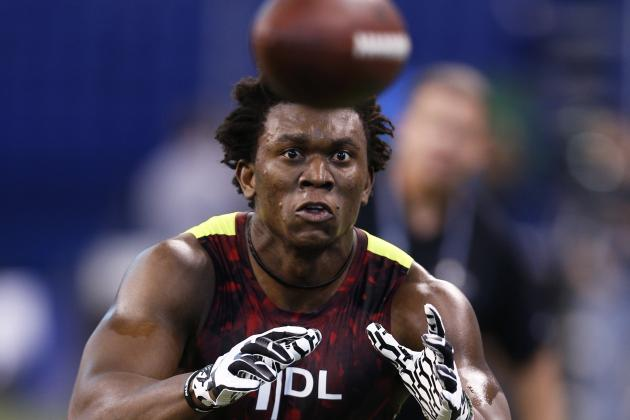Ziggy Ansah to Visit Eagles