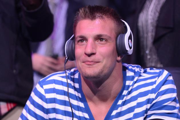 Rob Gronkowski Setting Admirable Example with Stance on Accepting Gay Teammate
