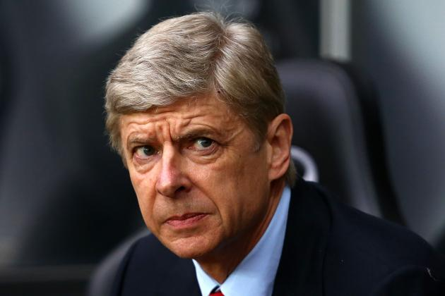 Arsène Wenger Places Players on Alert over Their Future at Arsenal