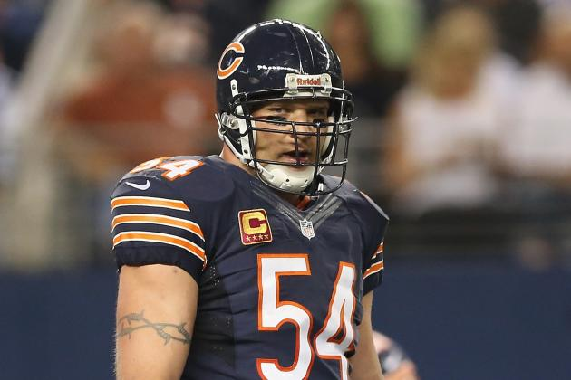 New York Giants: Big Blue a Favorite to Land Former Bears LB Brian Urlacher?