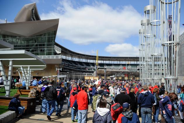 Minnesota Twins: Why Twins Fans Should Stop Whining About a Cold Opening Day
