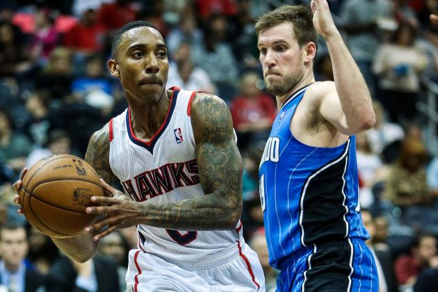 Hawks hold off Magic
