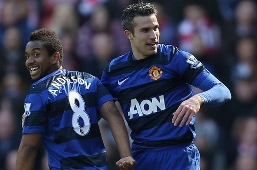 Robin van Persie Determined to Get His Hands on Silverware with Man Utd