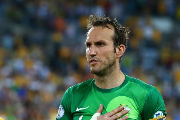 Martin Jol Is Hopeful Mark Schwarzer Will Sign a New Contract at Fulham