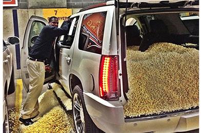 Cavs Pull Popcorn Prank on Waiters