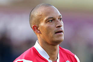 Fulham Fans Should Give Bobby Zamora Heros Welcome