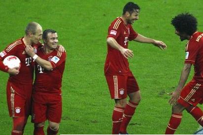 Super Bayern Hit Hamburg for Nine