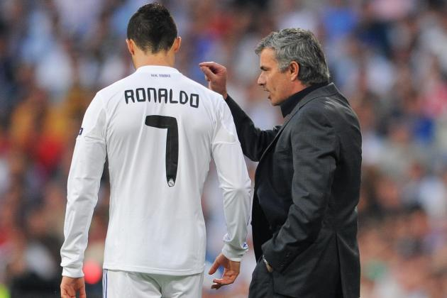Should Jose Mourinho Bring Cristiano Ronaldo to Chelsea?