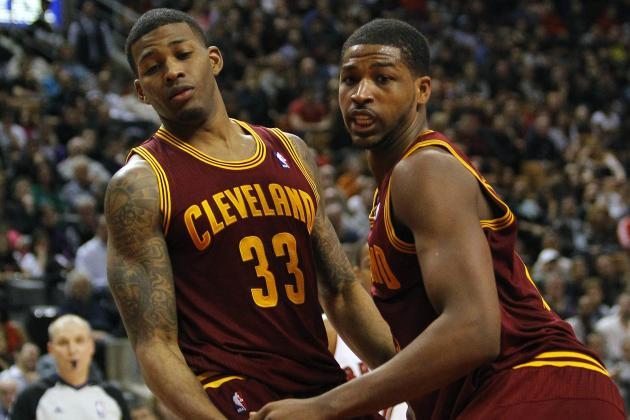 Kyrie Irving Returns, but Cavaliers Still Lose to New Orleans, 112-92