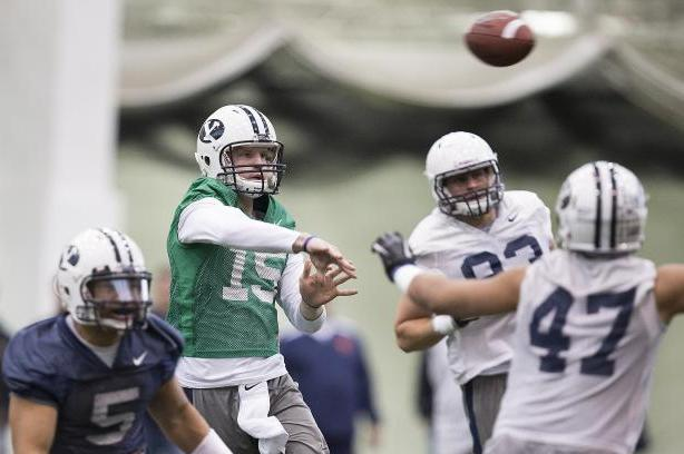 BYU QB Suffers Knee Injury in Spring Game