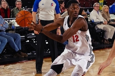 Sixers Sign Justin Holiday and Waive Jeremy Pargo