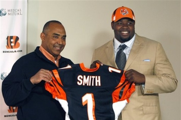 SI's Peter King: Andre Smith Says Bengals Offer