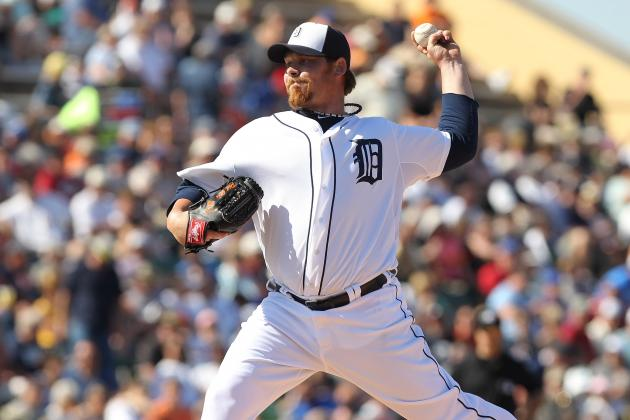 Tigers Weather Cold, Late Twins Rally in Opening Day Win