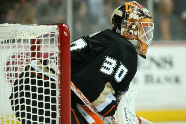 Fasth Gets 3rd Shutout as Ducks Blank Stars