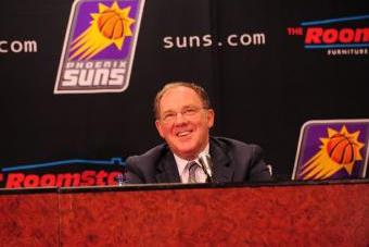Questions Arise as Phoenix Suns' Lon Babby's Contract Nears the End