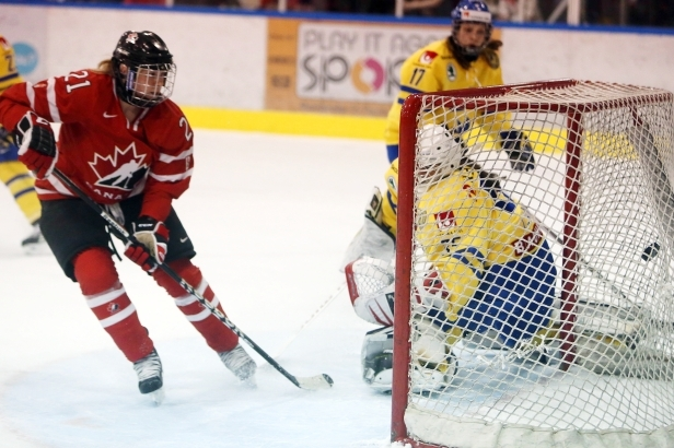 Haley Irwin Eager to Contribute to Canadian Gold at IIHF Worlds