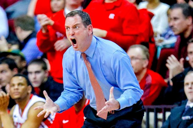 Rutgers Basketball Head Coach Mike Rice Shown Abusing Players in Shocking Video