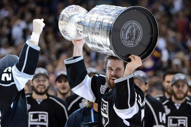 Kings Veteran Willie Mitchell Has Second Knee Surgery